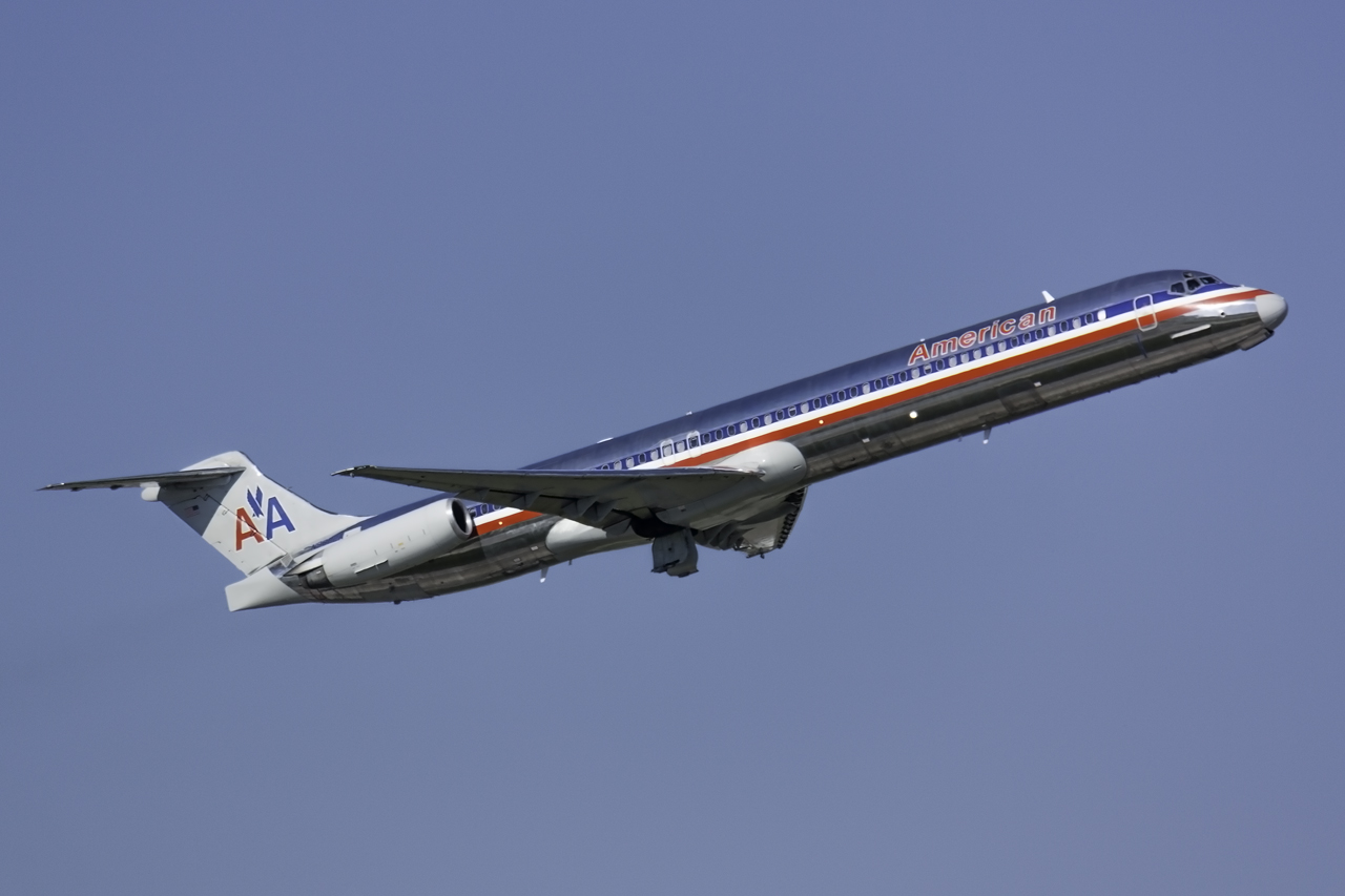 Click image for larger version.  Name:American MD-83 N9622A.jpg Views:104 Size:365.8 KB ID:11609