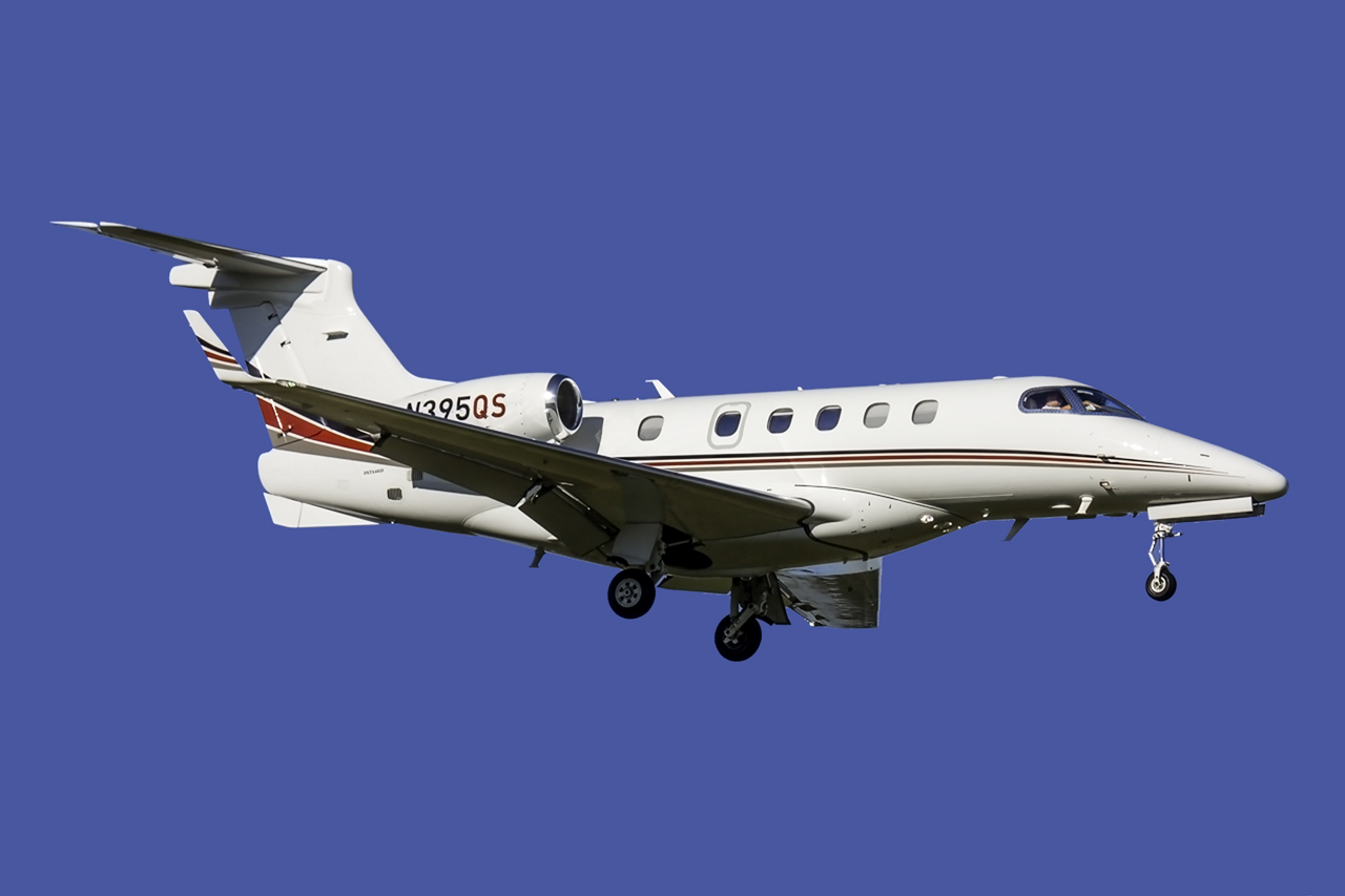 Click image for larger version.  Name:Embraer Phenom 500 N395QS.jpg Views:34 Size:165.4 KB ID:11667