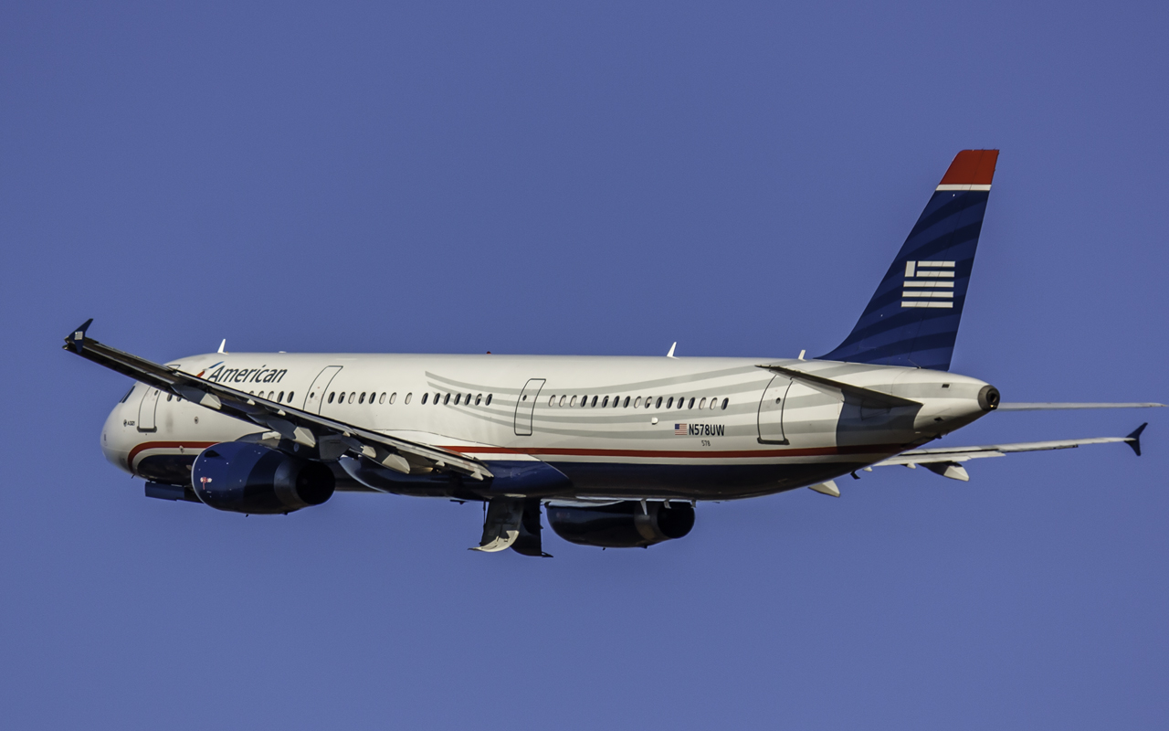 Click image for larger version.  Name:American (US Air) a321 N578UW.jpg Views:23 Size:402.6 KB ID:12619
