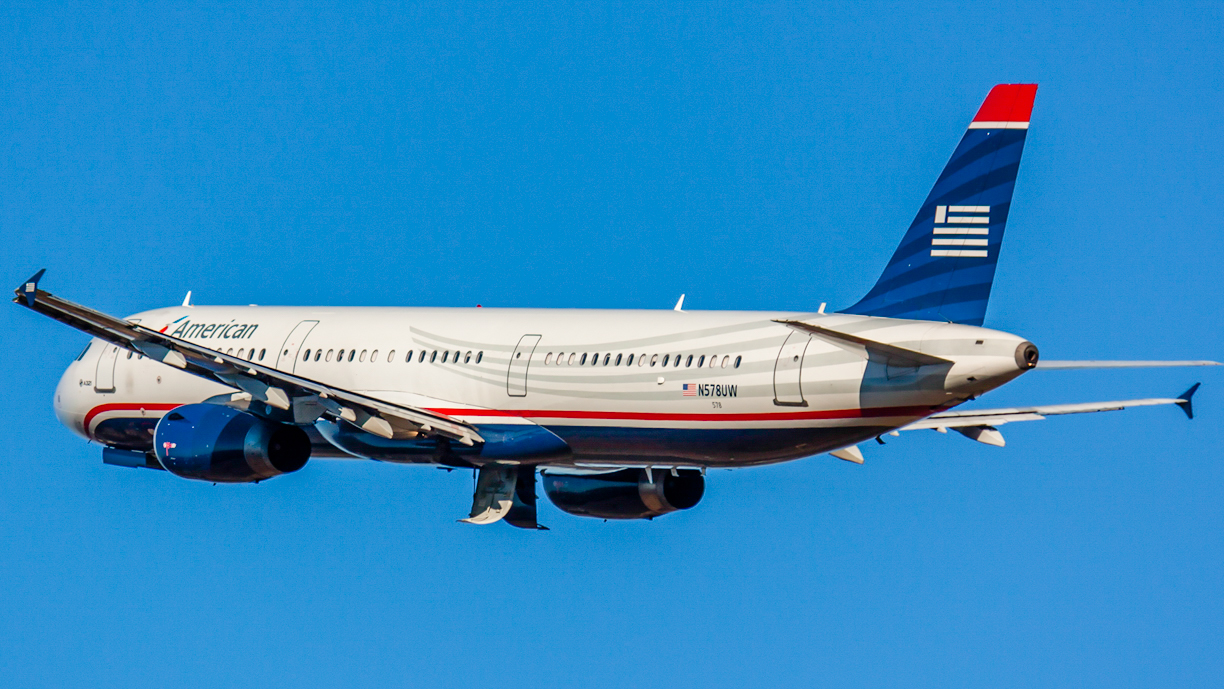 Click image for larger version.  Name:American (US Air) a321 N578UW-.jpg Views:20 Size:853.2 KB ID:12639