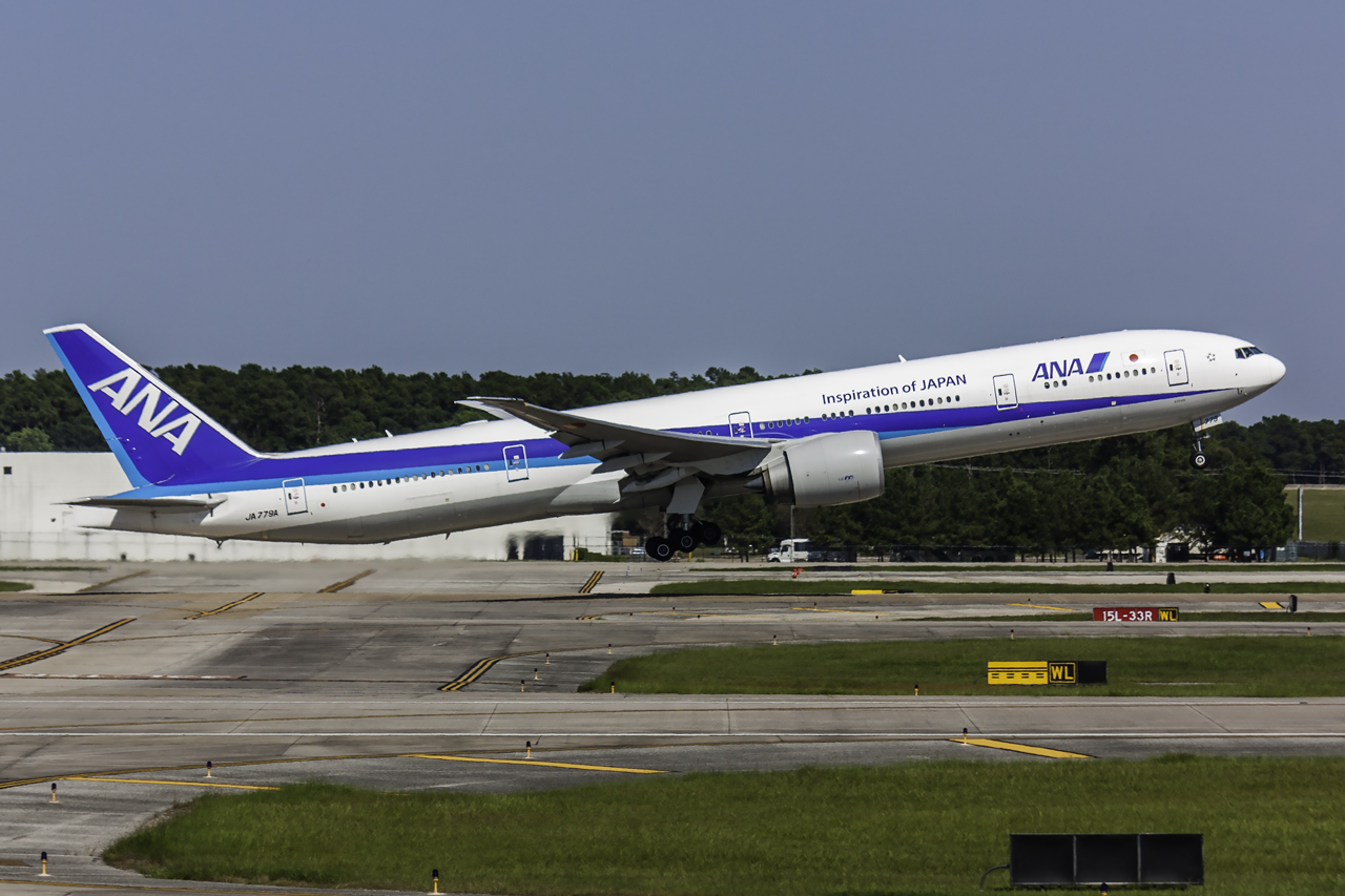 Click image for larger version.  Name:ANA 777-300ER JA 779A.jpg Views:24 Size:614.7 KB ID:12805
