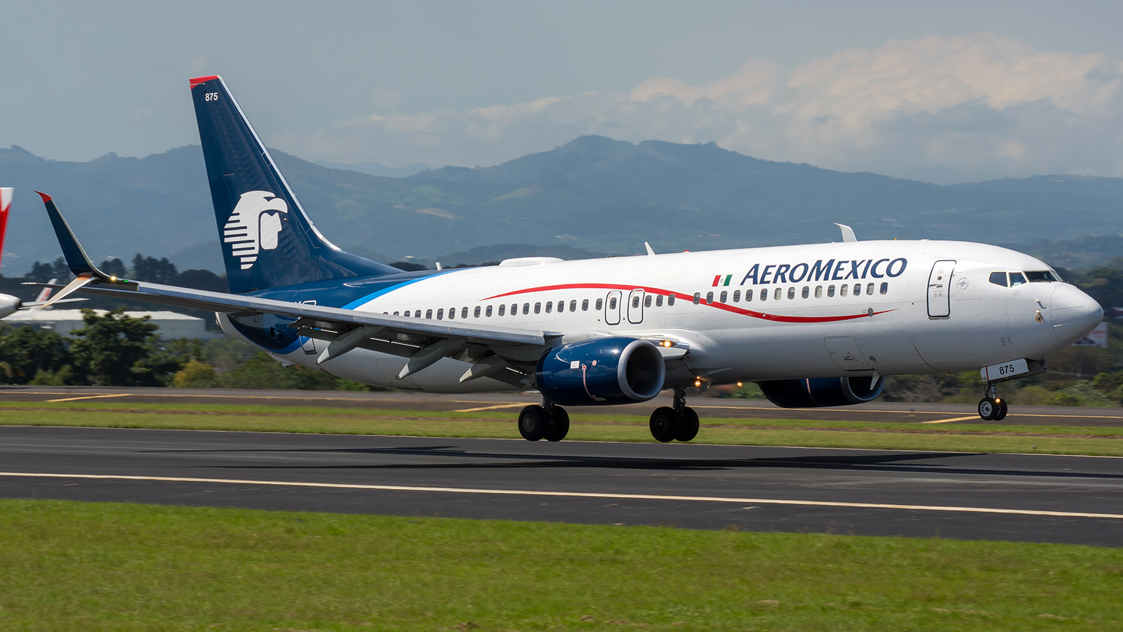 Click image for larger version.  Name:AeroMexico_n875am_17NOV17_1600_34s.jpg Views:22 Size:798.5 KB ID:13028