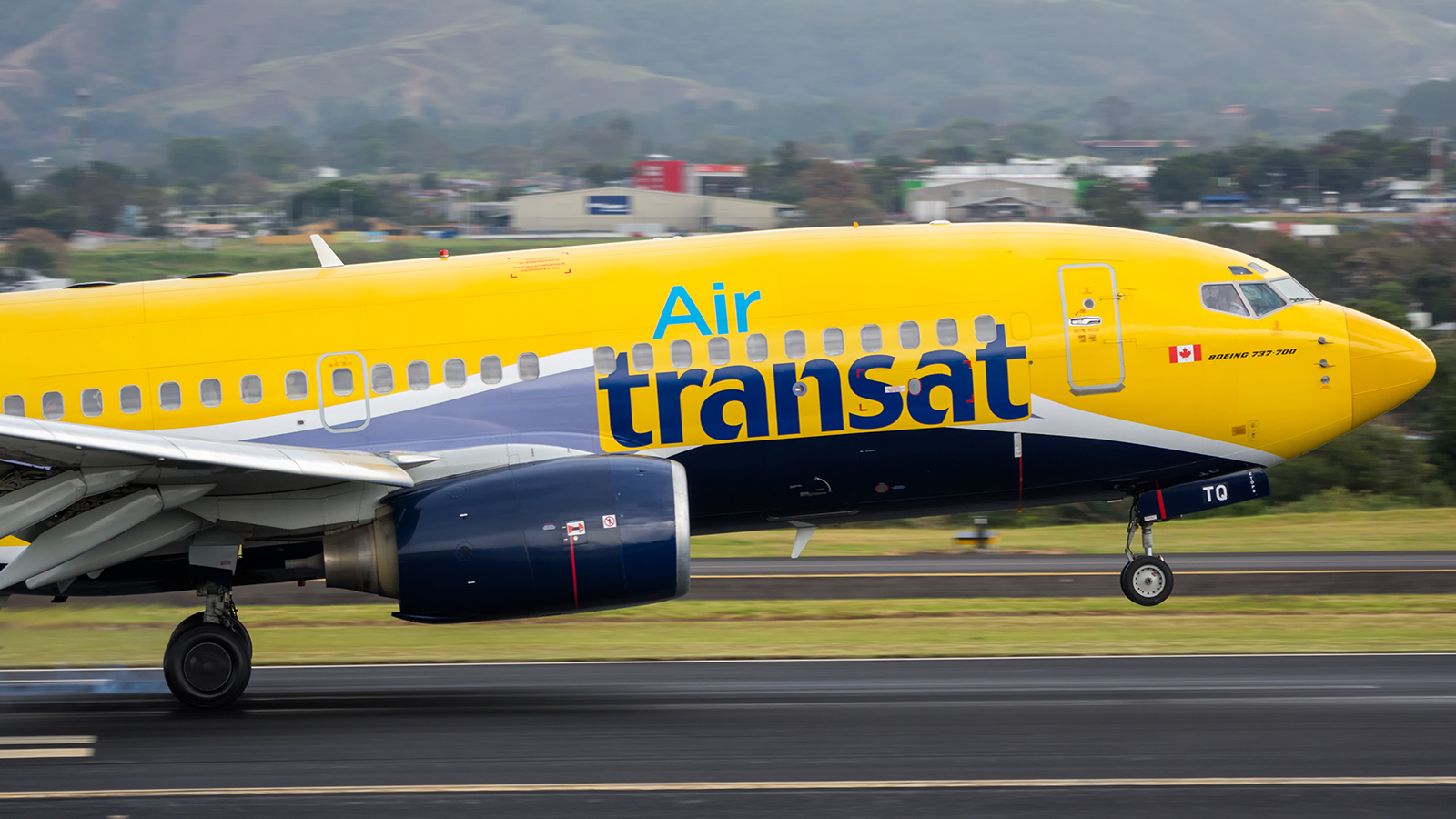 Click image for larger version.  Name:AirTransat_C-GTQI_17JAN18_1600_head.jpg Views:22 Size:800.1 KB ID:13149