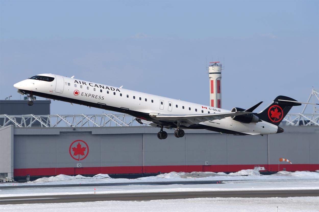 Click image for larger version.  Name:2018JA20 C-GOJZ Air Canada express 715 CYUL DSC_5978.jpg Views:55 Size:542.0 KB ID:13202