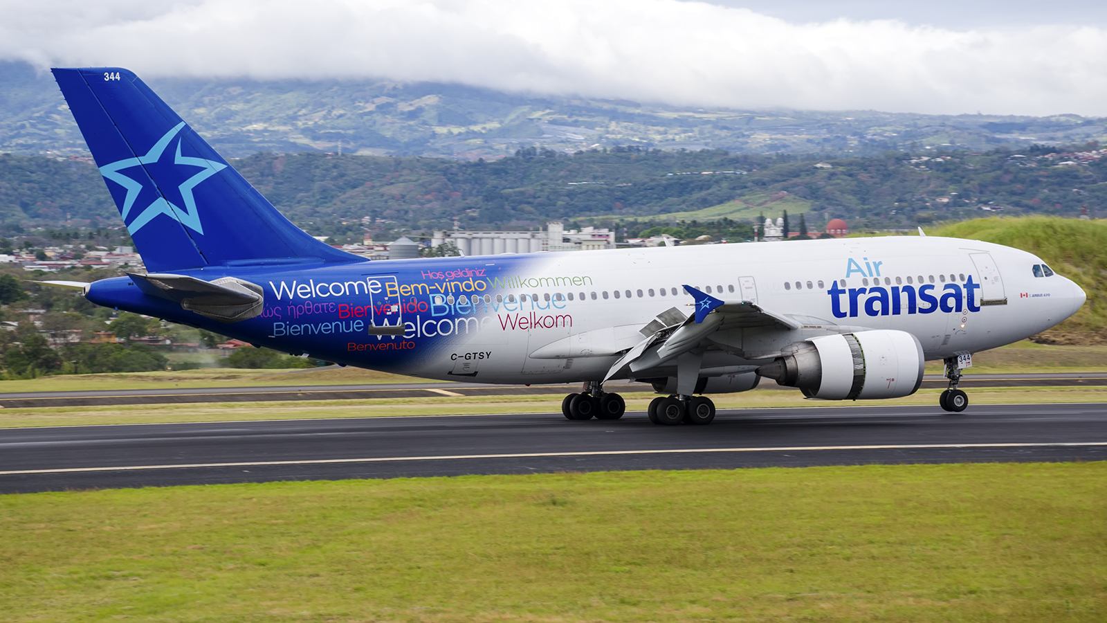 Click image for larger version.  Name:AirTransat_C-GTSY_19JAN18_1200_profile.jpg Views:18 Size:887.2 KB ID:13233