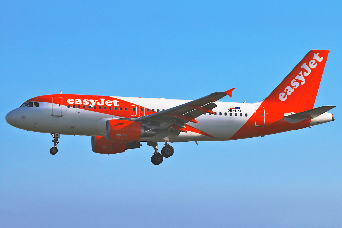 Click image for larger version.  Name:OE-LKL-easyjet.jpg Views:37 Size:530.3 KB ID:15883