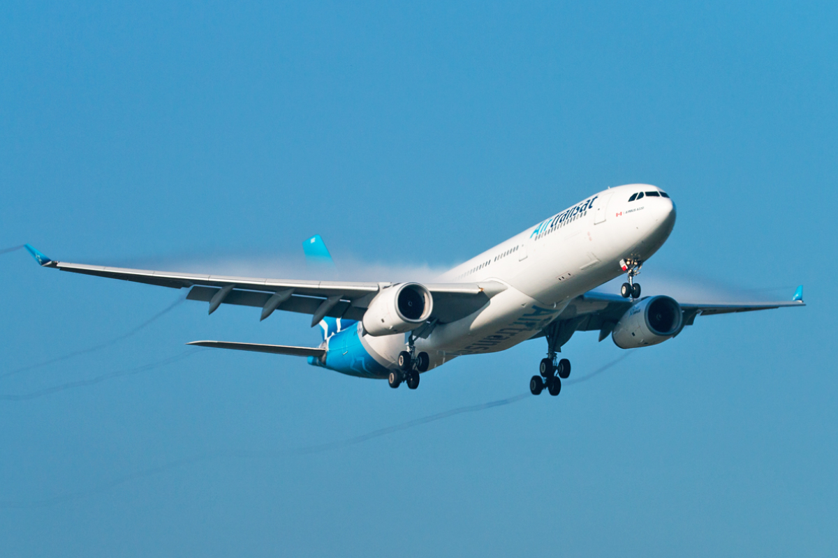 Click image for larger version.  Name:C-GCTS-Air-Transat-10.10.18.jpg Views:26 Size:410.6 KB ID:19160