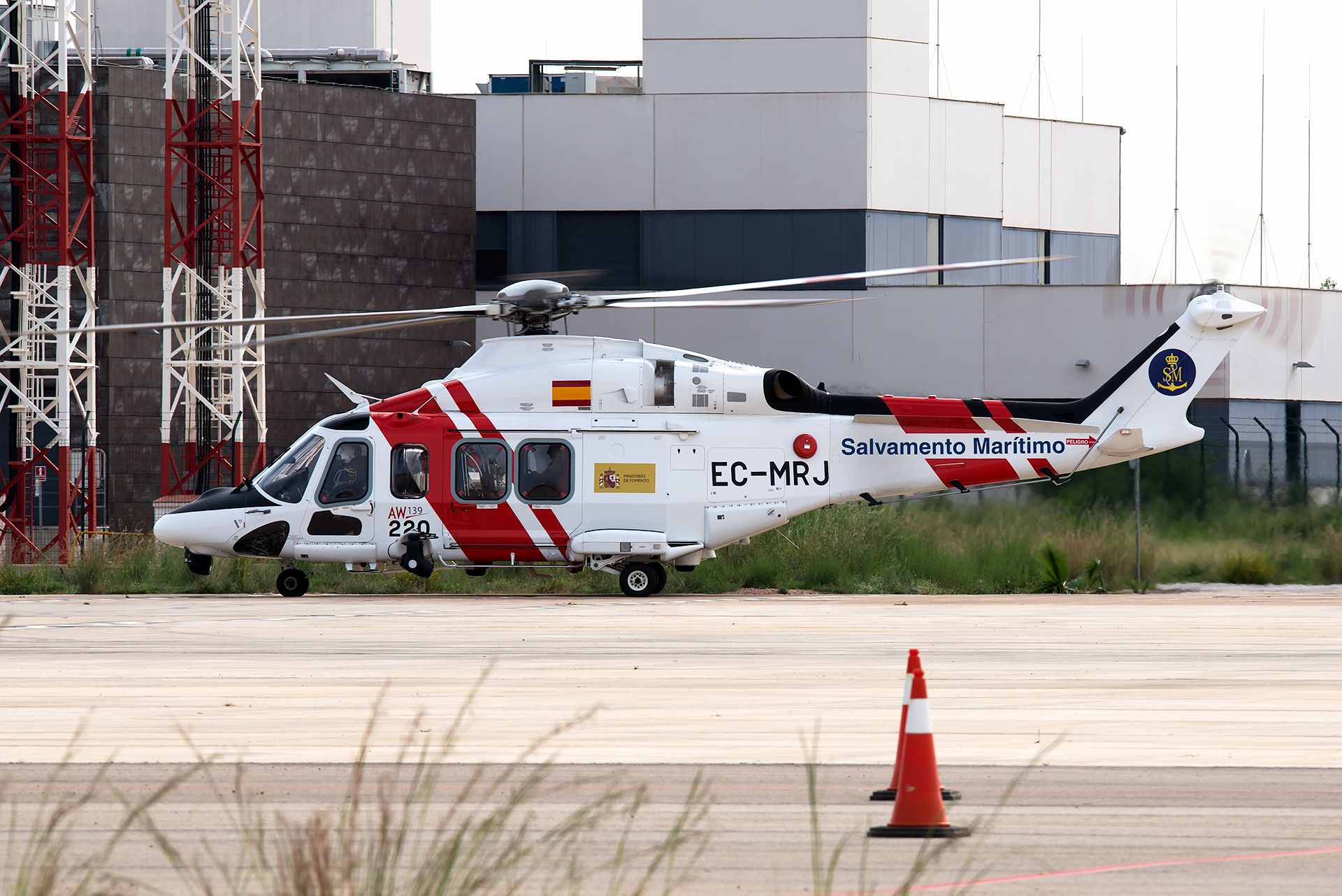 Click image for larger version.  Name:EC-MRJ_AW139_Spain-Coast-Guard.jpg Views:16 Size:1.60 MB ID:19596
