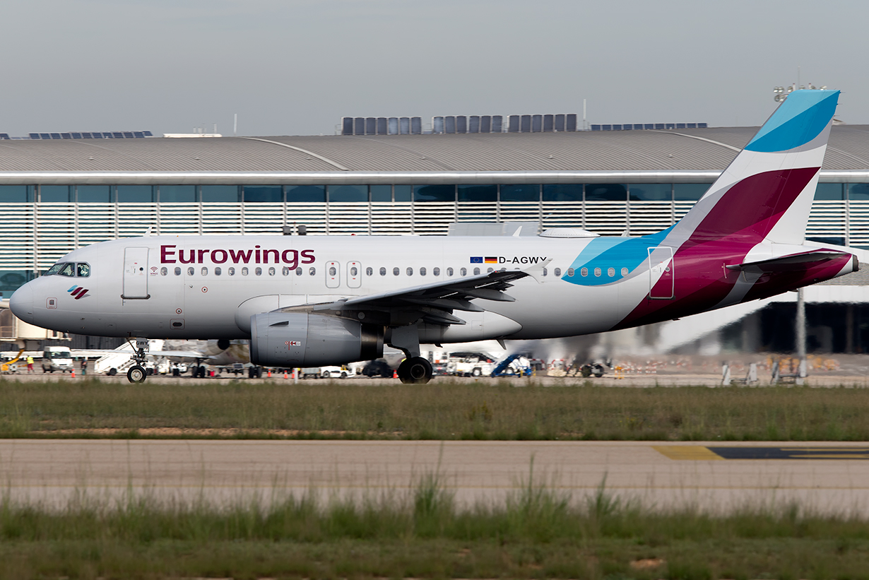 Click image for larger version.  Name:D-AGWY_A319_Eurowings.jpg Views:19 Size:585.6 KB ID:19668
