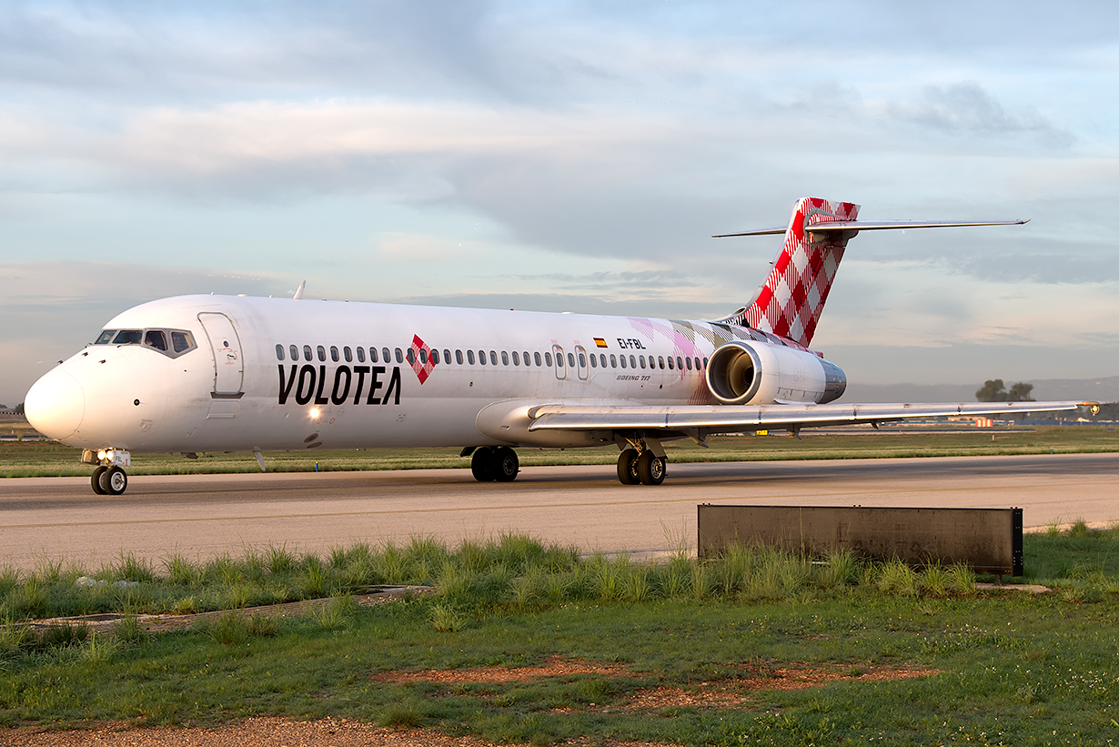 Click image for larger version.  Name:EI-FBL_B717_Volotea.jpg Views:20 Size:805.4 KB ID:19671