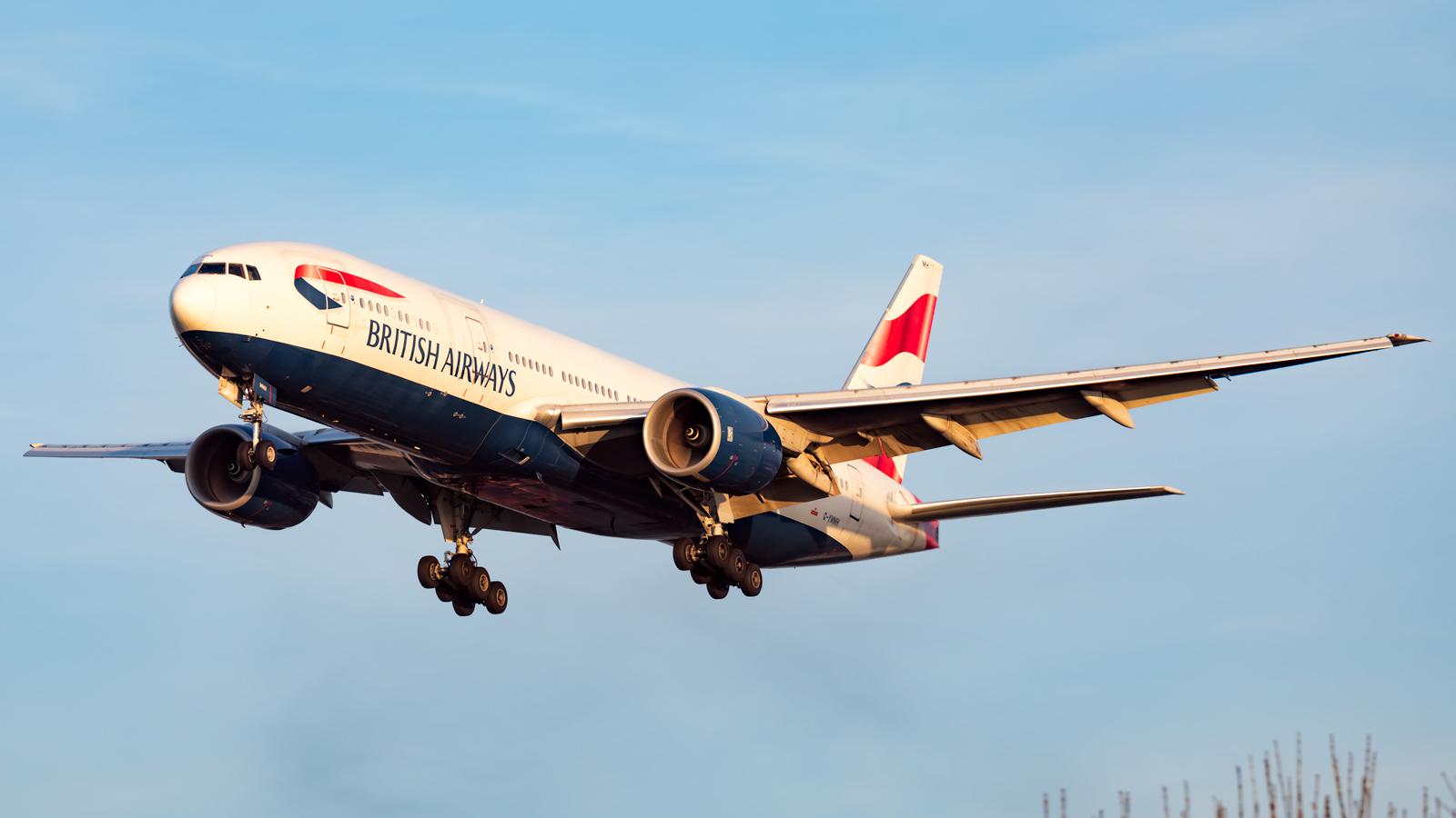 Click image for larger version.  Name:BA-772-sunset-landing-web.jpg Views:35 Size:405.1 KB ID:20740
