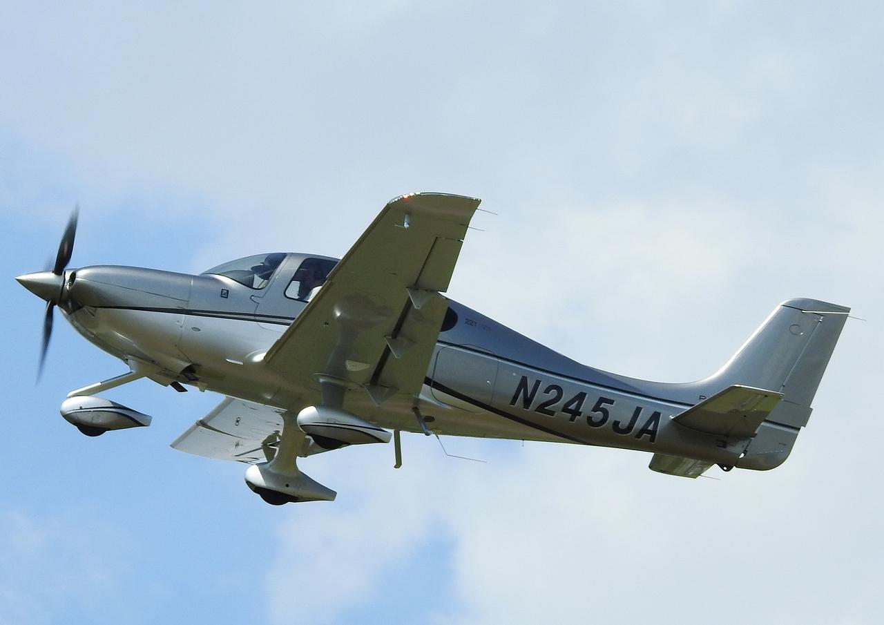 Click image for larger version.  Name:N245JA Cirrus SR-22T (3).JPG Views:26 Size:597.5 KB ID:21407
