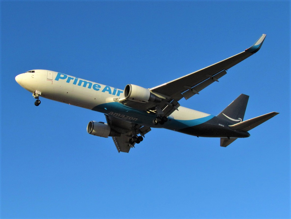 Click image for larger version.  Name:Amazon Air 763 - N1361A.jpg Views:76 Size:151.9 KB ID:22562