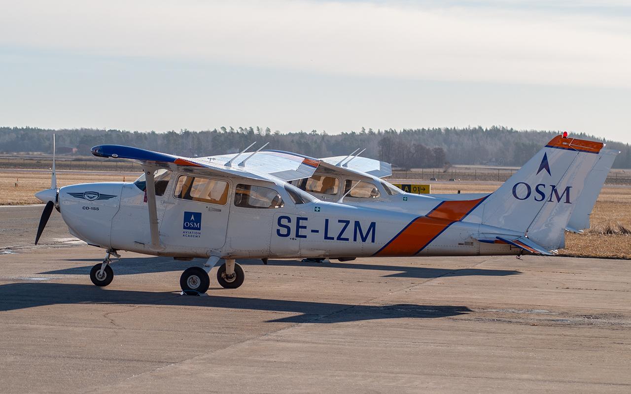 Click image for larger version.  Name:SE-LZM1 JetPhotos.jpg Views:13 Size:664.2 KB ID:22837