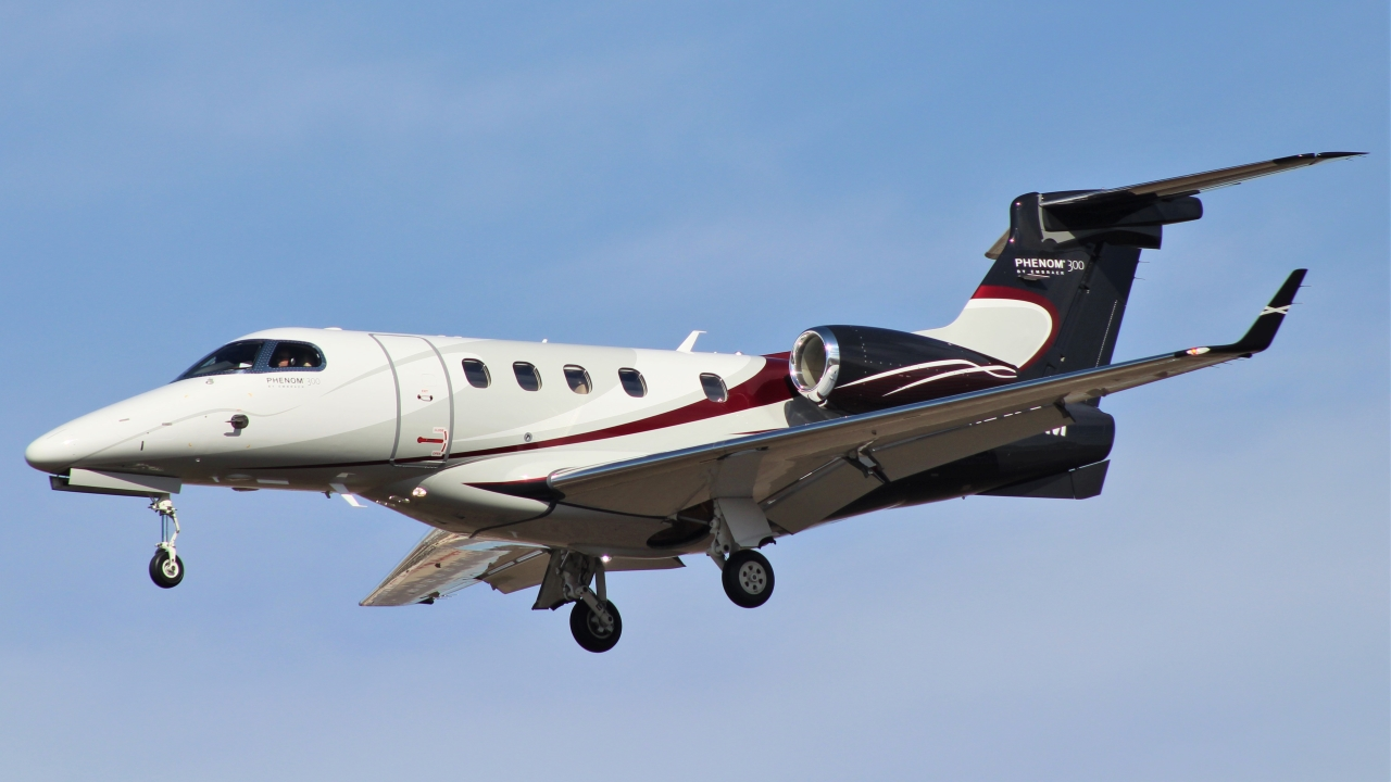 Click image for larger version.  Name:Phenom 300.JPG Views:19 Size:448.4 KB ID:22966