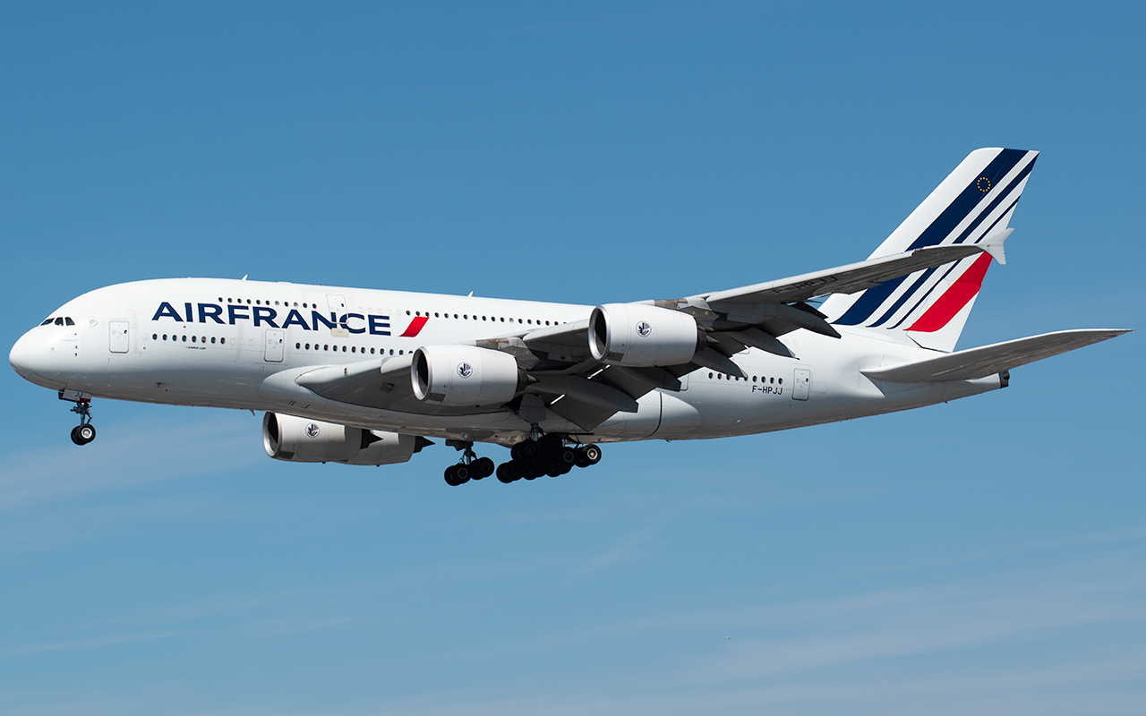 Click image for larger version.  Name:Air France A380 F-HPJJ JP.jpg Views:18 Size:408.9 KB ID:23026