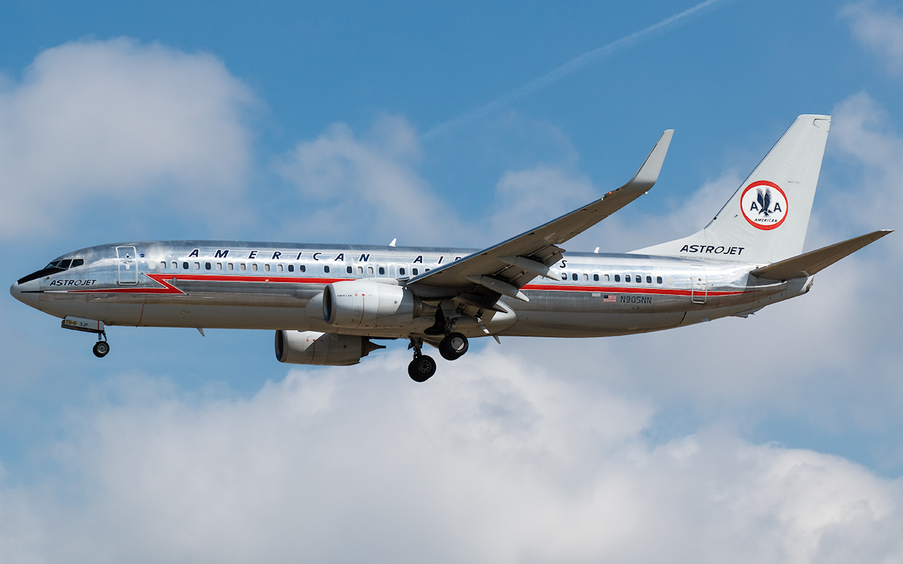 Click image for larger version.  Name:AA N905NN AstroJet JP 2.jpg Views:15 Size:452.5 KB ID:23238