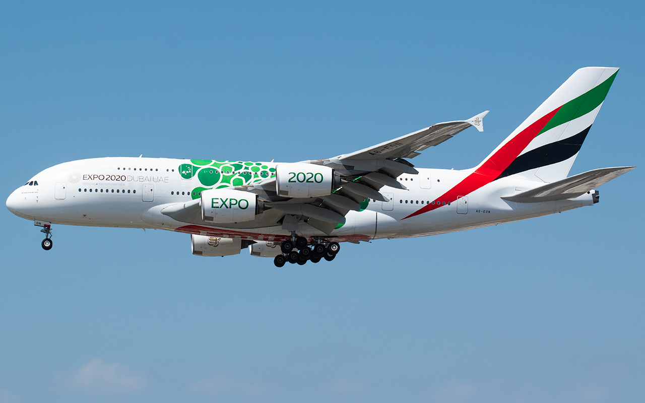 Click image for larger version.  Name:Emirates A380 green dots special A6-EON JP.jpg Views:12 Size:448.7 KB ID:23743