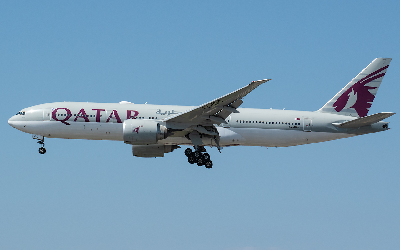 Click image for larger version.  Name:Qatar 77w A7-BBC JP.jpg Views:11 Size:368.2 KB ID:23794