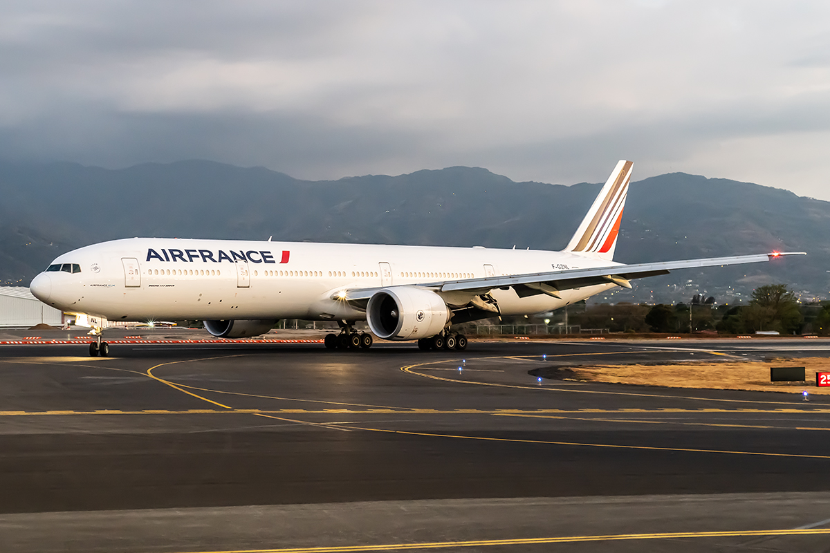 Click image for larger version.  Name:AirFrance_F-GZNL_14MAR19_1200_PROF.jpg Views:10 Size:556.9 KB ID:26185