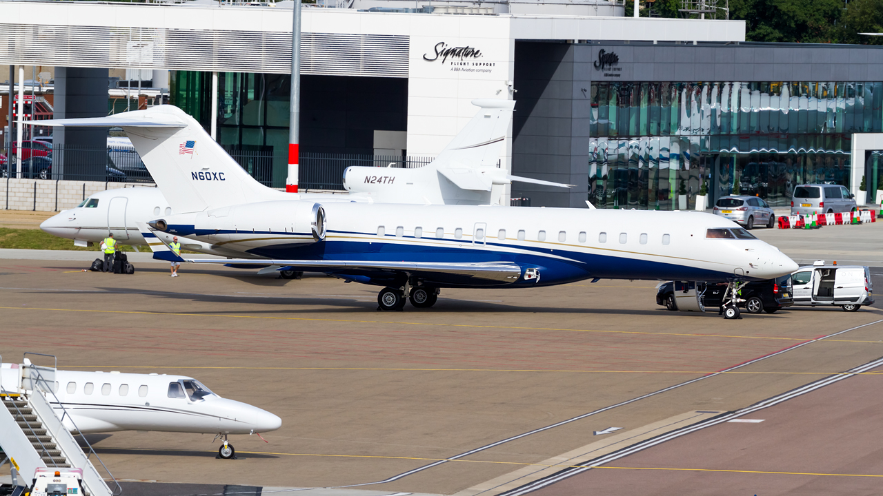 Click image for larger version.  Name:private owner bombardier global 6000 REG- N60XC  3.jpg Views:25 Size:712.9 KB ID:26575