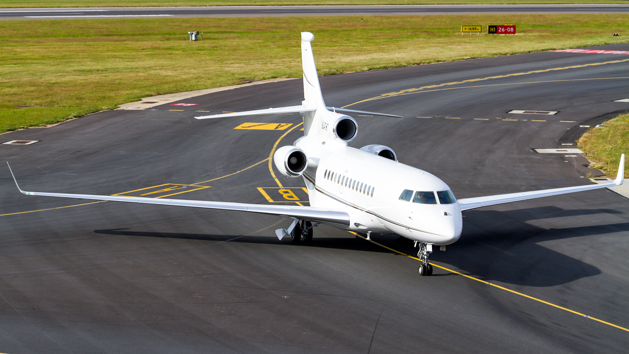 Click image for larger version.  Name:private owner dassault falcon 7X REG- N24TH.jpg Views:24 Size:635.3 KB ID:26622