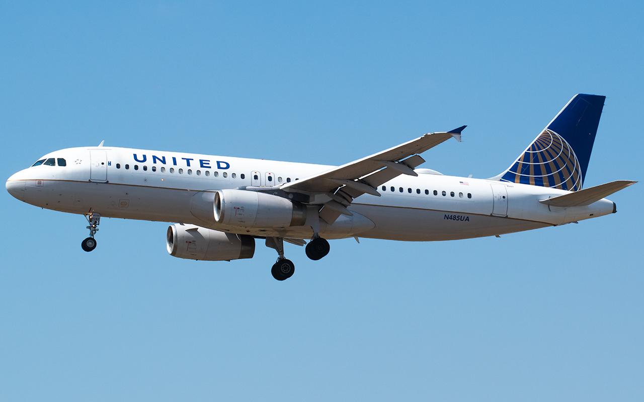 Click image for larger version.  Name:UA A320 N485UA JP.jpg Views:7 Size:475.9 KB ID:26766