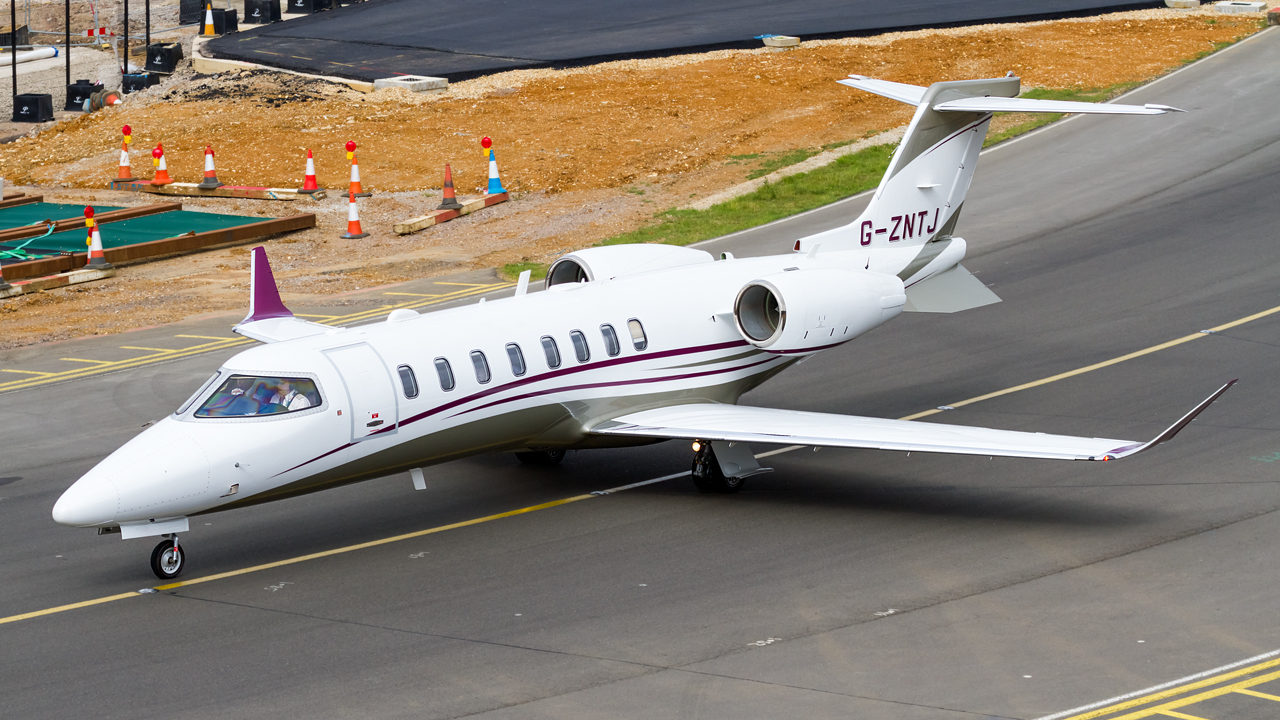 Click image for larger version.  Name:private owner bombardier learjet 75 REG- G-ZNTJ  2.jpg Views:22 Size:770.3 KB ID:26900