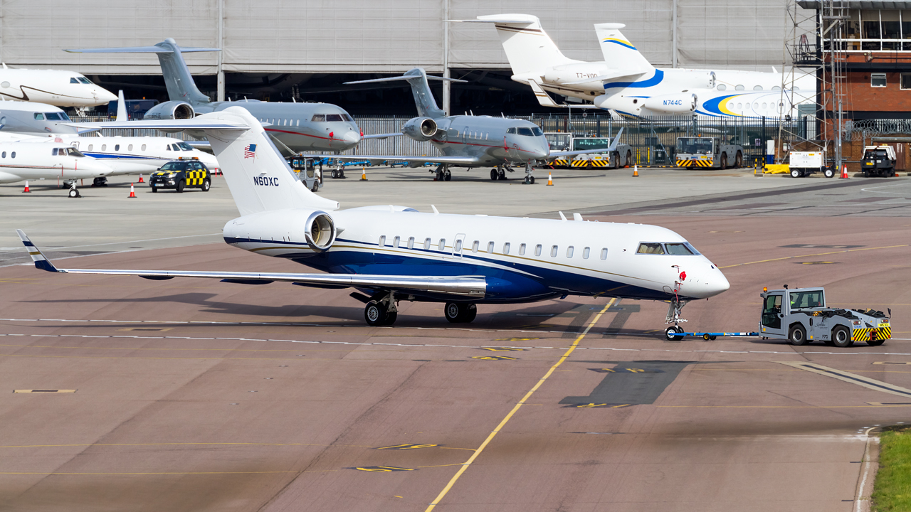 Click image for larger version.  Name:private owner bombardier global 6000 REG- N60XC  4.jpg Views:20 Size:700.4 KB ID:26932