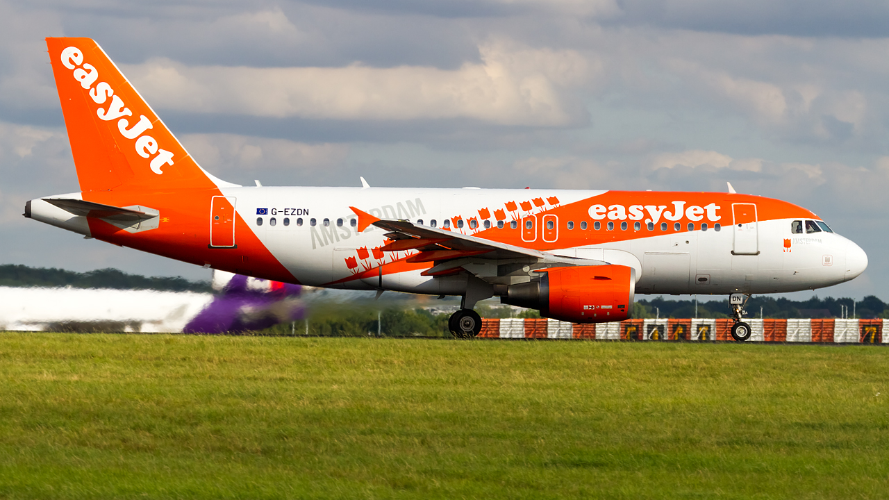 Click image for larger version.  Name:easyjet A319-100 REG- G-EZDN (amsterdam livery)  3.jpg Views:7 Size:675.8 KB ID:27131