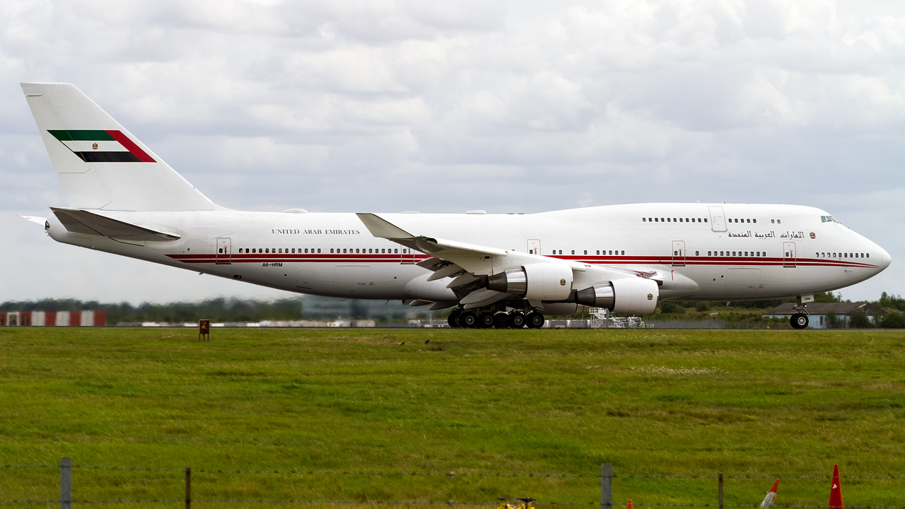 Click image for larger version.  Name:united arab emirates - dubai air wing 747-4 REG- A6-HRM.jpg Views:13 Size:585.3 KB ID:27232