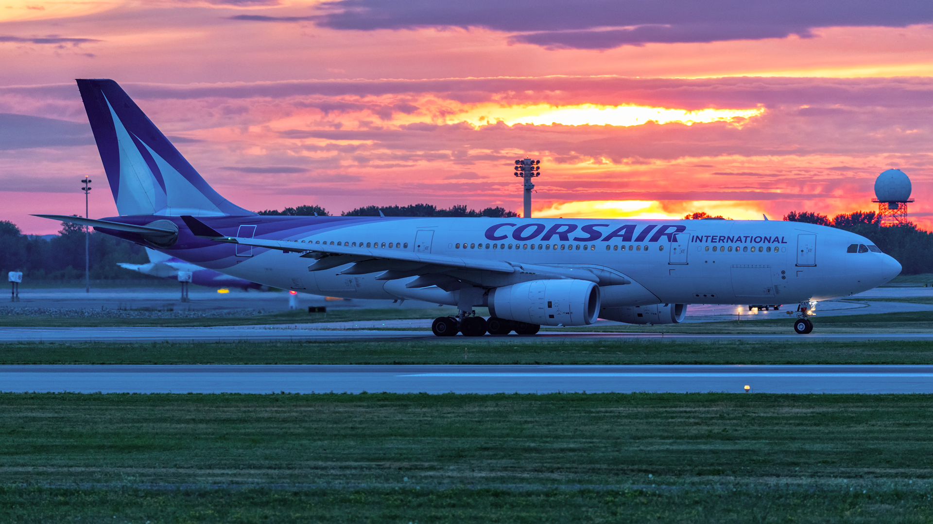 Click image for larger version.  Name:Corsair-A332-sunset-taxi-web.jpg Views:16 Size:1.46 MB ID:27428
