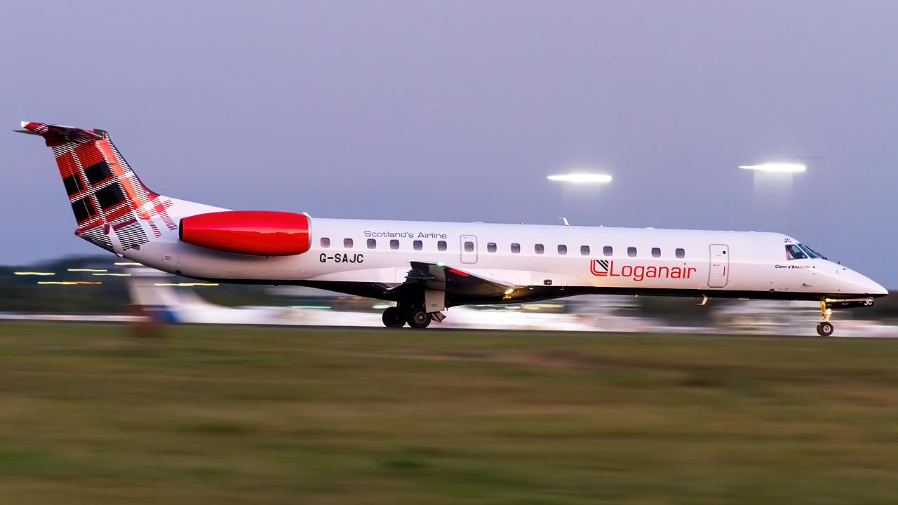 Click image for larger version.  Name:Loganair Embraer ERJ-145EP REG- G-SAJC.jpg Views:18 Size:378.0 KB ID:28415