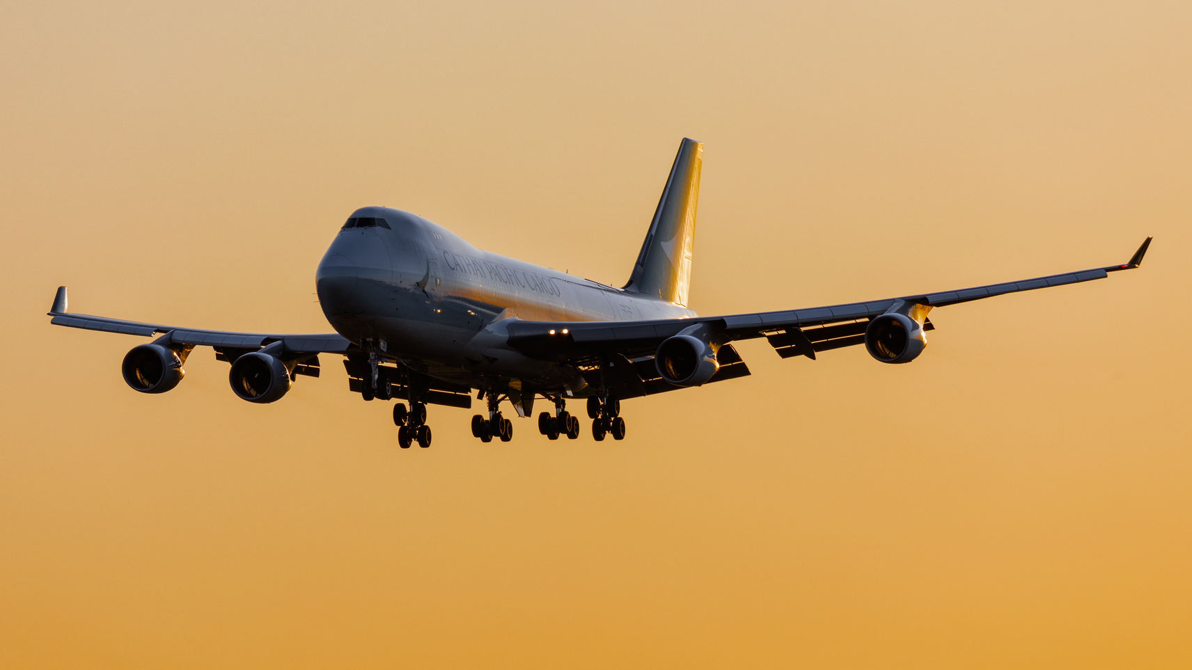 Click image for larger version.  Name:Cathay-B-LID-744-sunset.jpg Views:17 Size:606.0 KB ID:28470