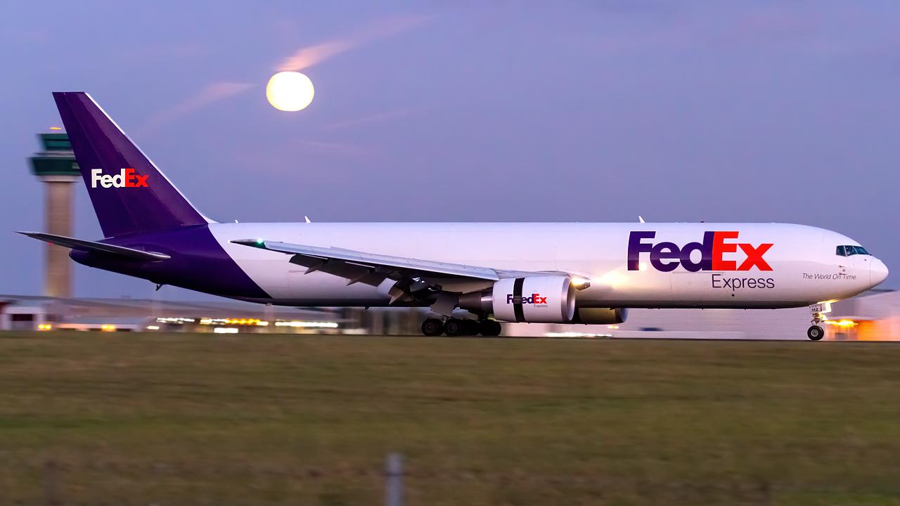Click image for larger version.  Name:FedEx 767-3S2F(ER) REG- N112FE.jpg Views:21 Size:399.6 KB ID:28490