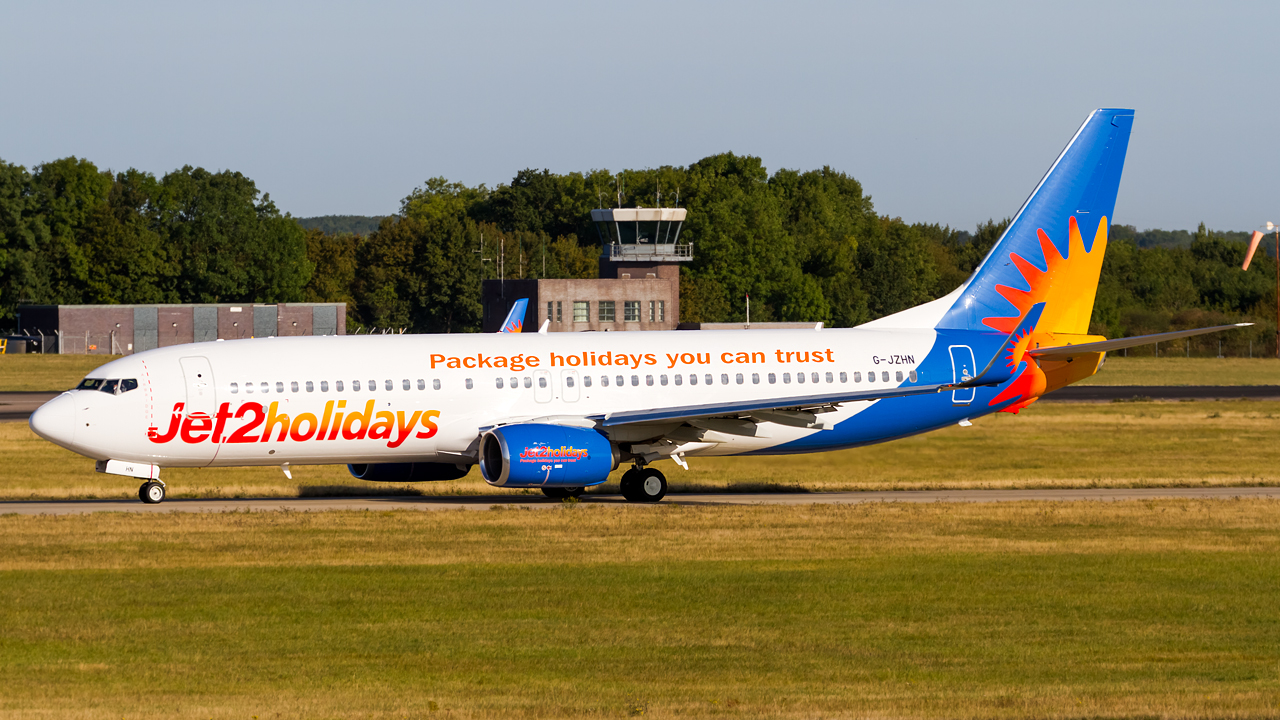 Click image for larger version.  Name:Jet2 737-8MG REG- G-JZHN.jpg Views:16 Size:770.7 KB ID:28536