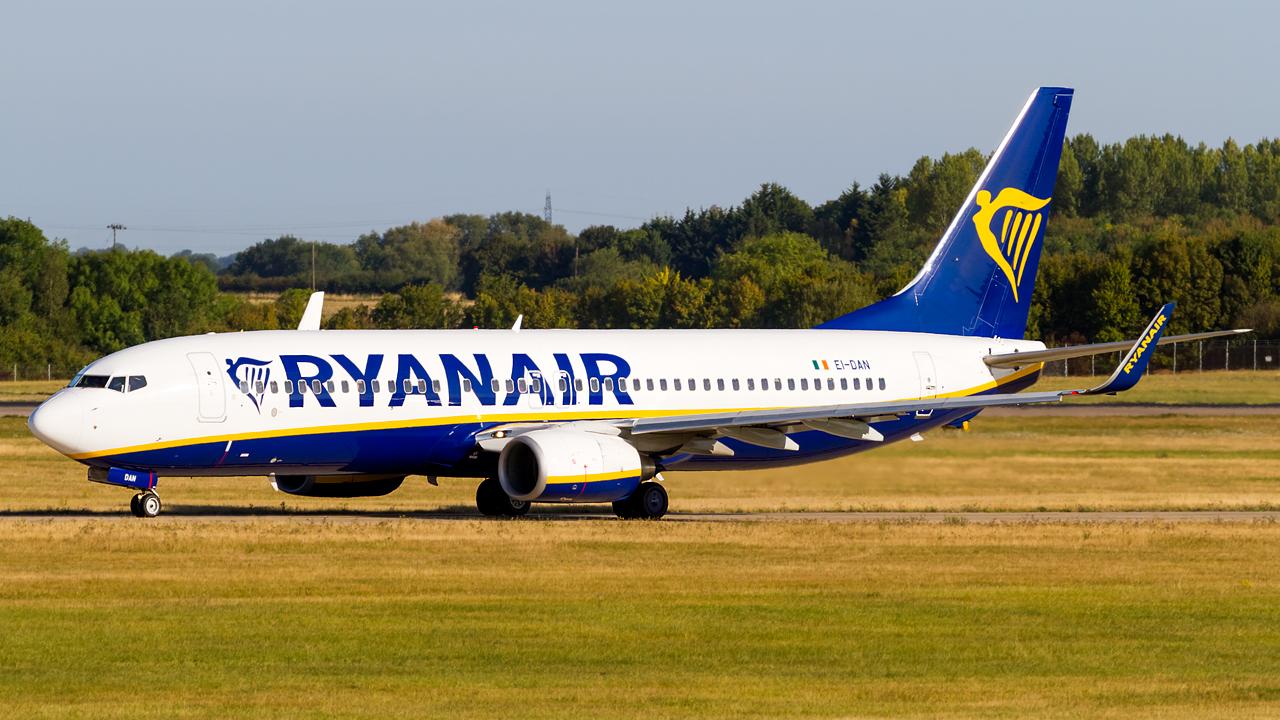 Click image for larger version.  Name:Ryanair 737-8AS REG- EI-DAN.jpg Views:20 Size:752.6 KB ID:28537