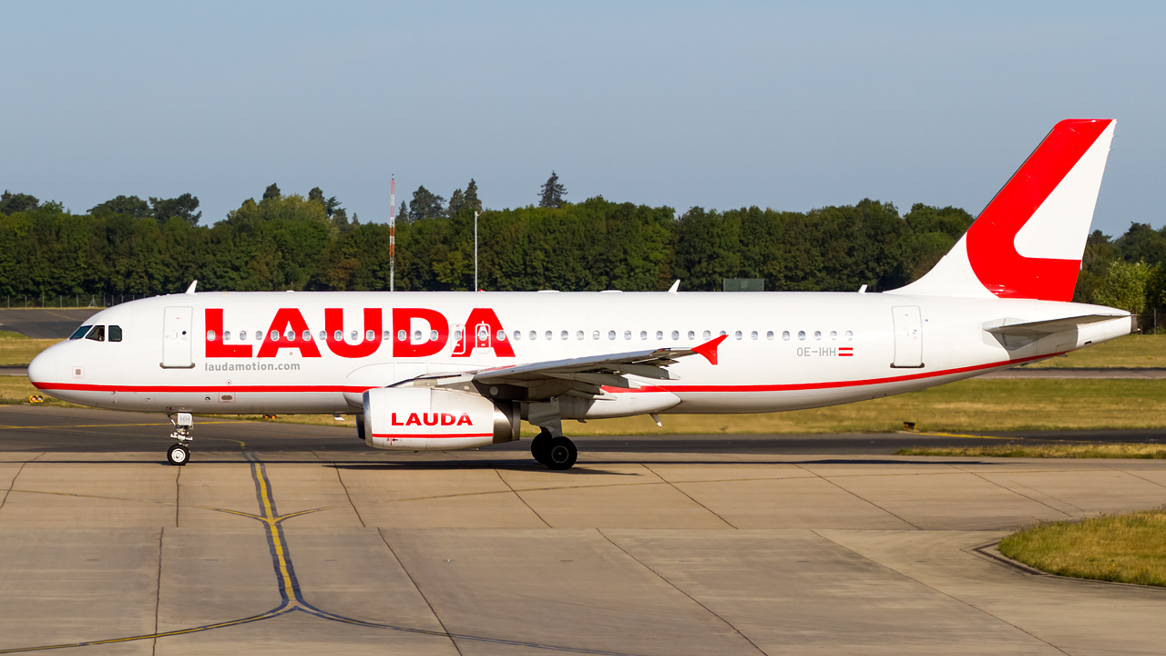 Click image for larger version.  Name:LaudaMotion A320-232 REG- OE-IHH.jpg Views:17 Size:586.8 KB ID:28538