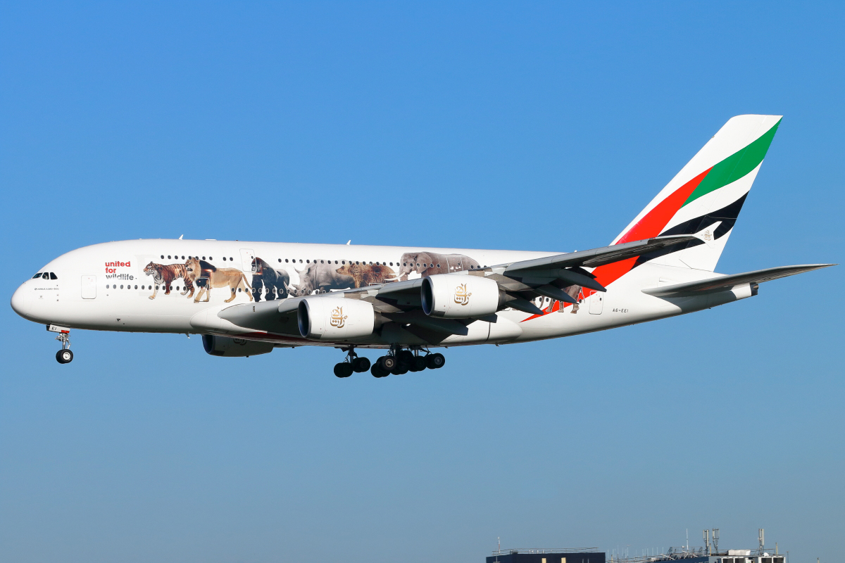 Click image for larger version.  Name:Emirates-A380-dpp2s.jpg Views:79 Size:457.3 KB ID:11328