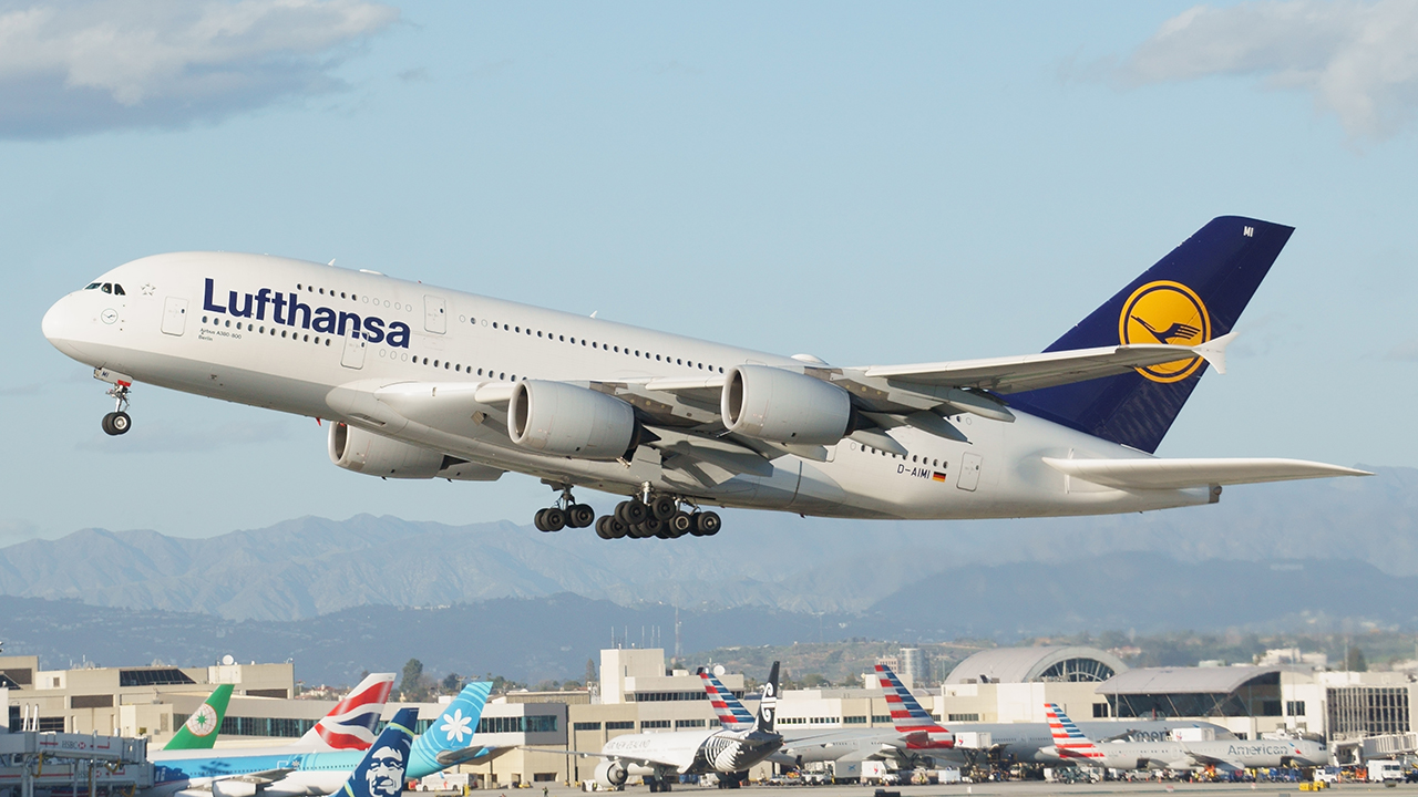 Click image for larger version.  Name:lufthansa1edited.jpg Views:172 Size:594.5 KB ID:22167